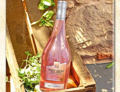 Pinot Grigio delle Venezie IGT Blush Frizzante, August 2013