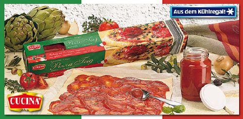 Pizzateig mit Tomatensauce, Oktober 2007
