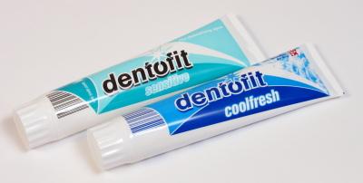 Zahncreme Dentofit, Dezember 2011